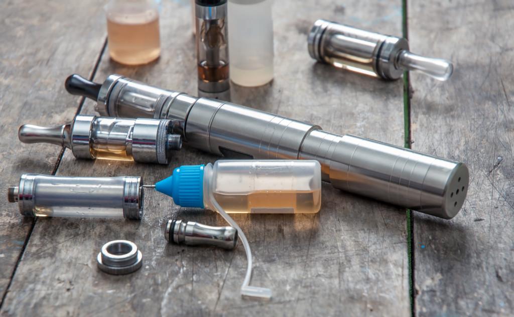 vaping device, e-cigarette, e liquid