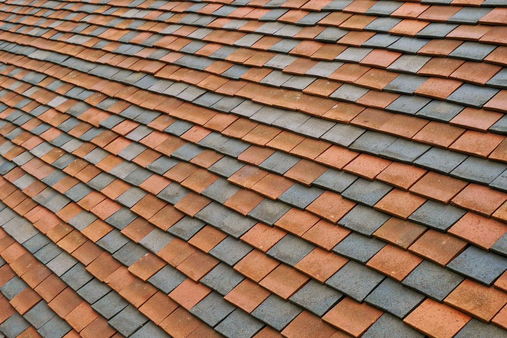 roof shingles, shingle pattern, old shingled roof